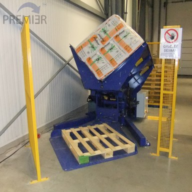 V Changer pallet inverter being operated